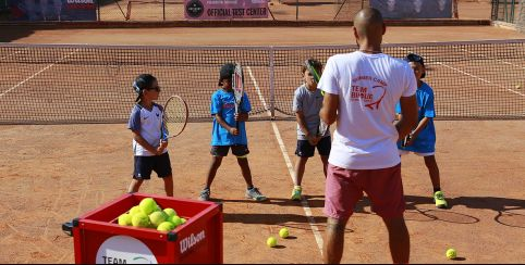 Stages d'initiation au tennis // À partir de 4 ans | Nice ou St Laurent du Var